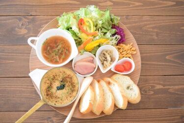 【Cafe&zakka yumekaze】素敵な雑貨とプレートランチが楽しめるカフェ